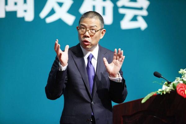 农夫山泉创始人钟睒睒超二马将成中国新首富 农夫山泉今日上市