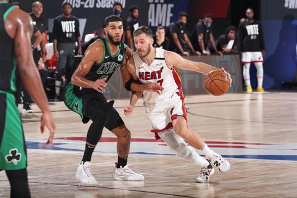 2020年NBA季后赛热火VS凯尔特人117-114险胜 热火加时逆转绿军1-0