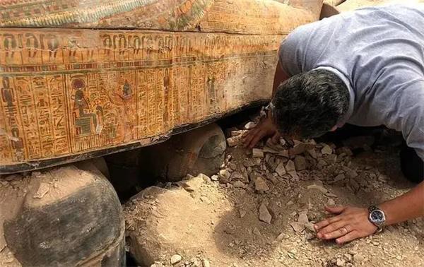 埃及出土27具千年古棺,保存完好从未被打开过