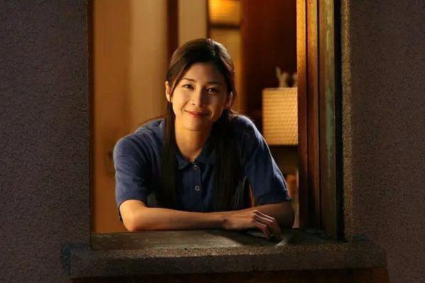 日本女明星竹内结子疑与丈夫吵架在衣柜上吊自杀 凌晨两点才叫救护车