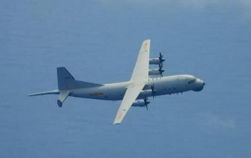 解放军战机再入台湾西南空域,倍感压力的台军开始自欺欺人