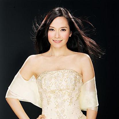 郭羡妮,1974年7月22日出生于中国香港,毕业于西蒙弗雷泽大学,香港女演员。1999年获得香港小姐冠军。2000年获得国际华裔小姐冠军后签约香港无线,从而进入演艺圈。