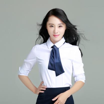 龙馨悦,1987年9月10日出生于湖南省益阳市,毕业于广东亚视演艺职业学院,中国内地女演员、歌手。2005年,出演惊悚片《窥变惊魂》,从此开始演艺事业;之后,龙馨悦由于学业原因而停止拍戏。2010年,主演偶像剧《熟女无敌》,从而正式复出。