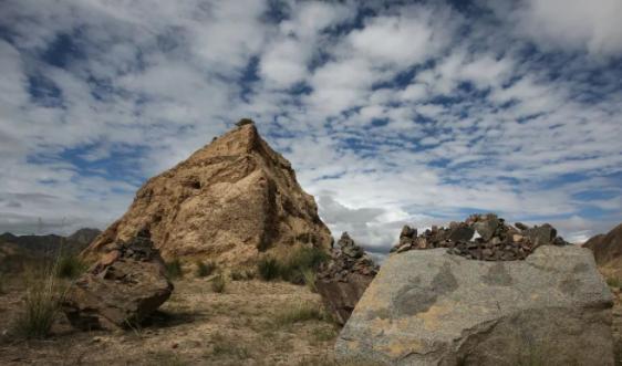 九层妖楼原形古墓被盗,窃贼销赃时曾开出1.8亿天价
