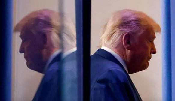 特朗普将向俄寻求庇护?总统特赦权已经无法自保