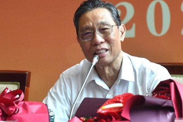钟南山说中国第一批疫苗要公布了 不仅要严防死守,还要打疫苗