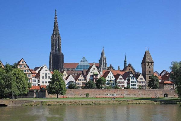 德国巴登-符腾堡州确诊首例感染变异病毒病例 确诊者从英国回来