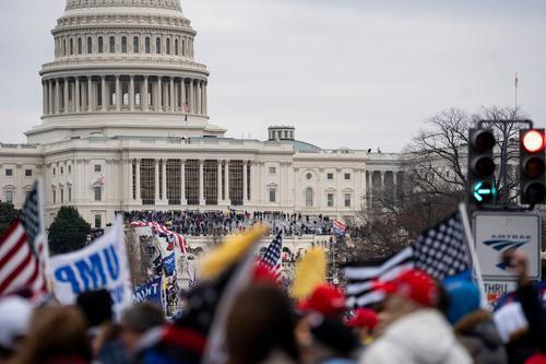 """美国国会遭暴力冲击,中国外交部,美国暴力事件,""""靓丽的风景线"""",2020美国大选"""