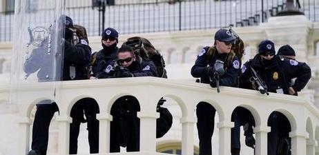 FBI警告全美50州或面临武装抗议,特朗普令美国前所未有的分裂