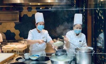 福建餐饮服务人员戴口罩入法,餐饮服务人员戴口罩入法,戴口罩入法