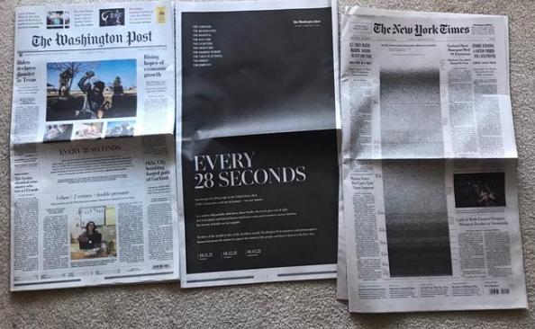 美国新冠死亡逼近50万,纽约时报头版布满了黑点