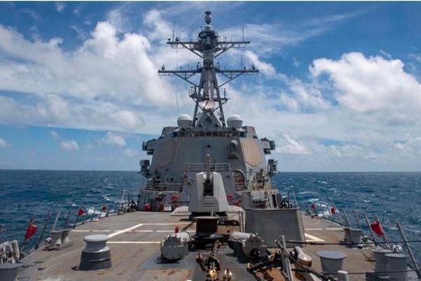美舰穿航台湾海峡 东部战区回应了什么? 到底是怎么回事?