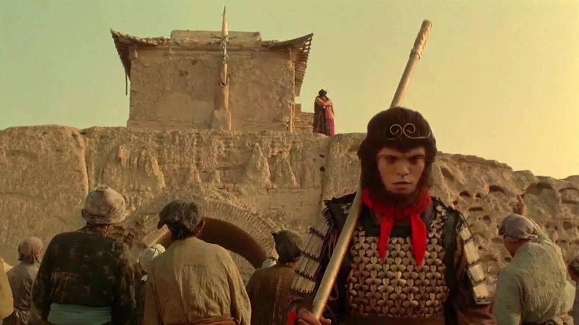 拍摄《大话西游》的时候,制作方觉得太丢人了,连剧组都不愿意踏进