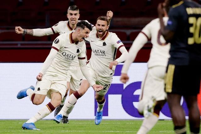 欧联杯1/4决赛:阿贾克斯1-2罗马