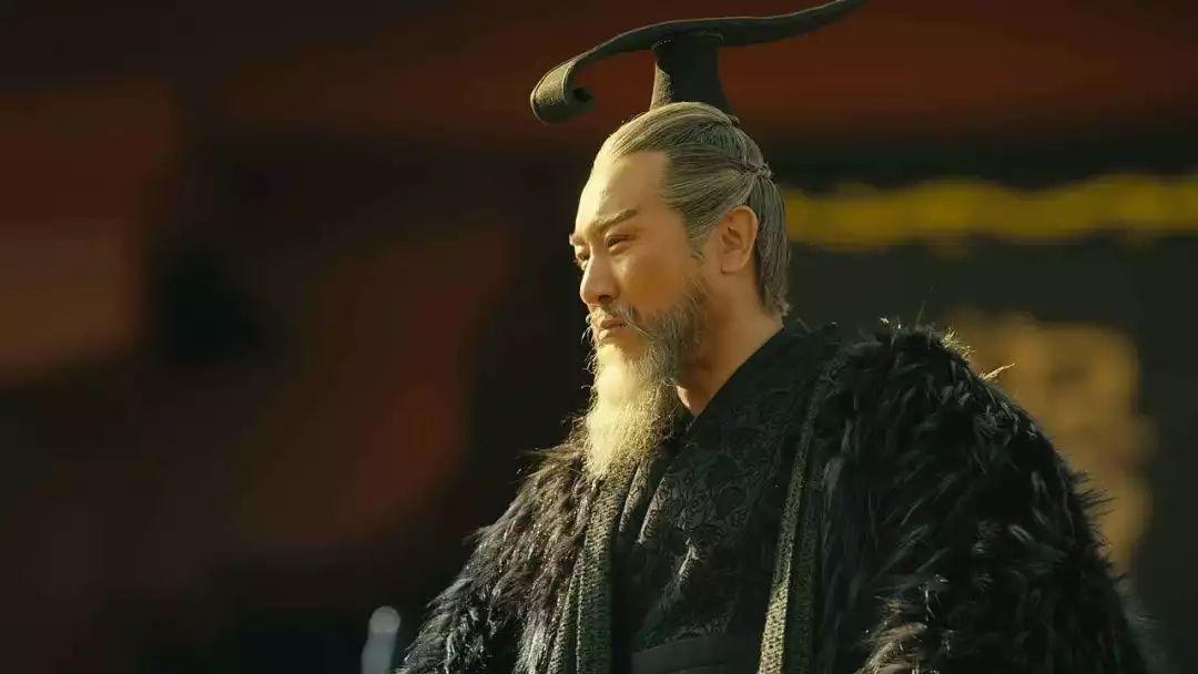 曹操最畏惧的人,不是诸葛亮,而是与曹冲齐名的神童,并把他惨杀