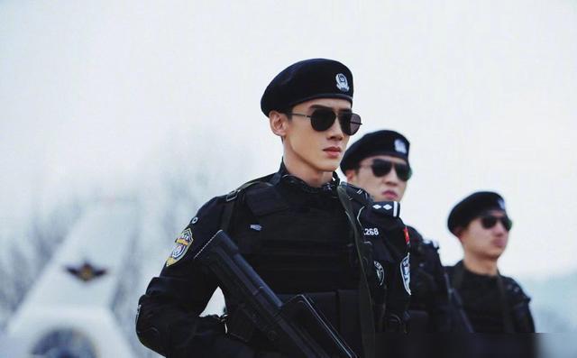 《中国刑警》阵容曝光,李现白敬亭搭档朱亚文
