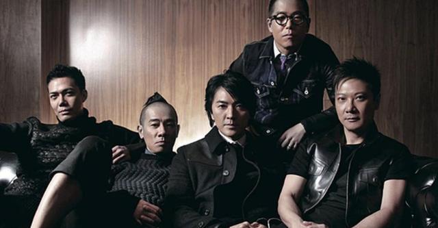 """《古惑仔》""""人在江湖""""午夜场首映时,导演刘伟强跑到电影院看反应如何"""