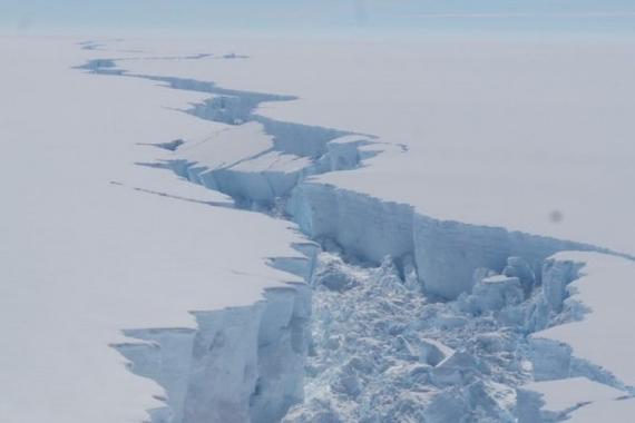 冰山,南極巨型冰山