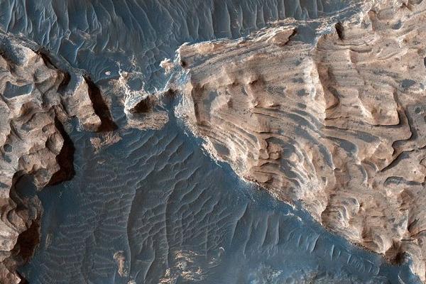 科學家研究發現火星近地面存在足夠的氧氣