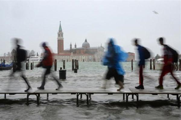 威尼斯古城2/3被淹,威尼斯古城,意大利强降雨