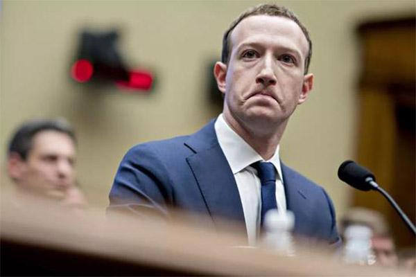 脸书变脸模仿微信,脸书变脸,脸书模仿微信