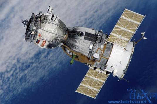 波音卫星疑解体