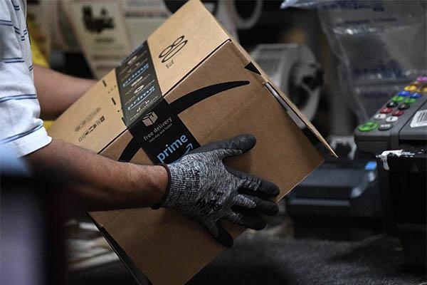 亚马逊试自动打包机是何目的?释放一线员工双手