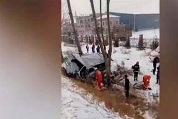 北京林业大学9名女生哈尔滨发生车祸,经求证消息属实警方介入调查