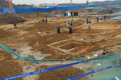 郑州工地再现古墓群,郑重古墓群再现,郑州考古发掘
