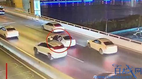 上海17岁男孩跳桥身亡
