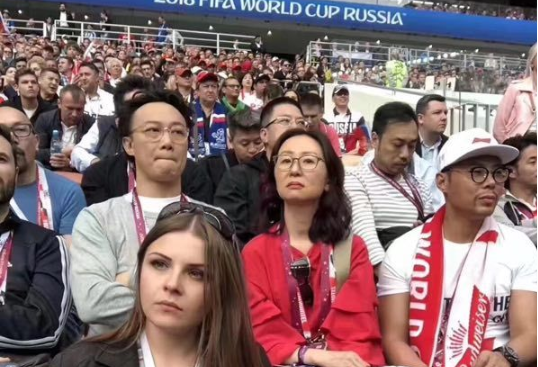 球迷陈奕迅吴秀波,陈奕迅吴秀波,世界杯开幕