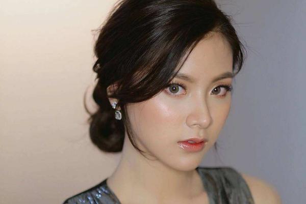 平采娜·乐维瑟派布恩中文名,吕爱惠