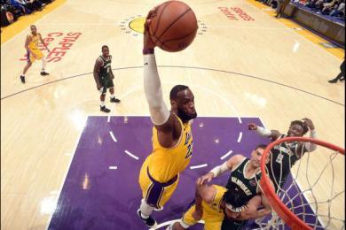 NBA2K模拟总决赛结果出炉:湖人1-3落后雄鹿连赢3场逆转夺冠