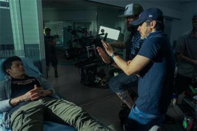 冯德伦成为中国首位Netflix美剧导演 舒淇老公执导新美剧《五行刺客》即将开播