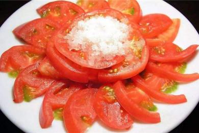 吃西红柿拌白糖体内会长螨虫?其实它们的身影无处不在