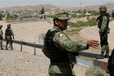 墨西哥与美国达成移民协议,墨西哥军方加强边境巡逻