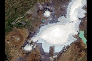 冰岛冰川30年后消失,冰岛立碑纪念消融的冰川