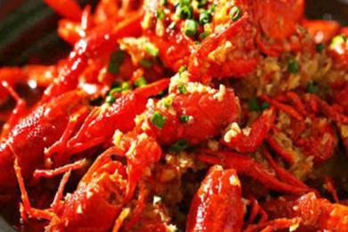 用洗衣机洗小龙虾是什么操作?你了解小龙虾成为美食的历史吗?