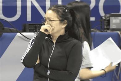 巩俐现身中国女排训练现场 为演好《中国女排》中郎平一角做准备